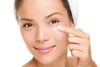 Face cream woman
