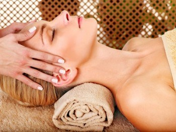 Lymphatic Facial Drainage… in just 10 Minutes